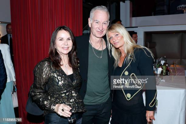 Patty Smith John McEnroe and Isabelle Camus attend the Legends Of Tennis Dinner as part of 2019 French Tennis Open at on June 05 2019 in Paris France