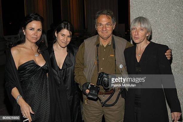 Patty Smyth Sara Switzer Larry Fink and Sara Marks attend VANITY FAIR Tribeca Film Festival Party hosted by Graydon Carter and Robert DeNiro at The...