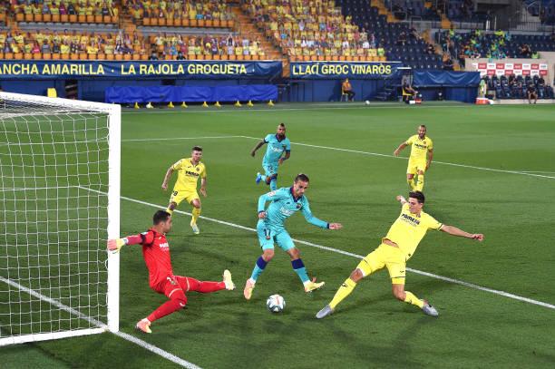 ESP: Villarreal CF v FC Barcelona  - La Liga