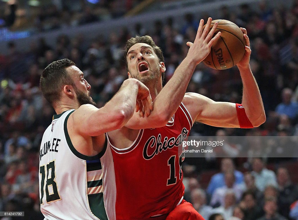 Pau Gasol #16 of the Chicago Bulls goes up for a shot against Miles Plumlee #18 of the Milwaukee Bucks on his way to a triple-double at the United Center on March 7, 2016 in Chicago, Illinois. The Bulls defeated the Bucks 100-90.