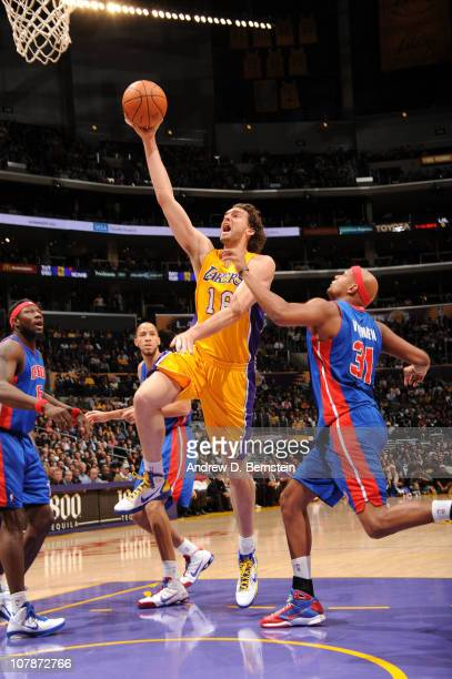 Pau Gasol of the Los Angeles Lakers goes up for a shot against Charlie Villanueva of the Detroit Pistons at Staples Center on January 4 2011 in Los...