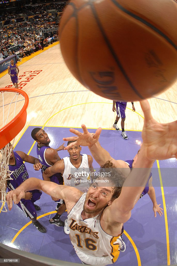 Pau Gasol #16 of the Los Angeles Lakers puts up a shot against the Sacramento Kings at Staples Center on November 23, 2008 in Los Angeles, California.