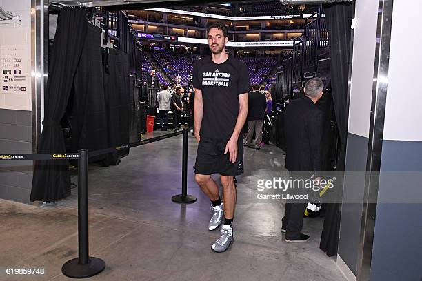 Pau Gasol of the San Antonio Spurs walks to the locker room after warm ups before the game against the Sacramento Kings on October 27 2016 at the...
