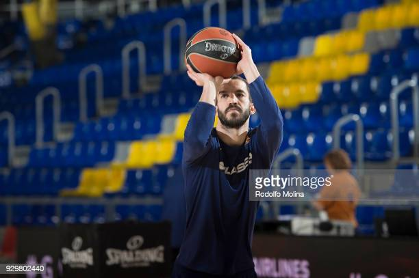 Pau Ribas #5 of FC Barcelona Lassa warm up prior the 2017/2018 Turkish Airlines EuroLeague Regular Season Round 25 game between FC Barcelona Lassa...