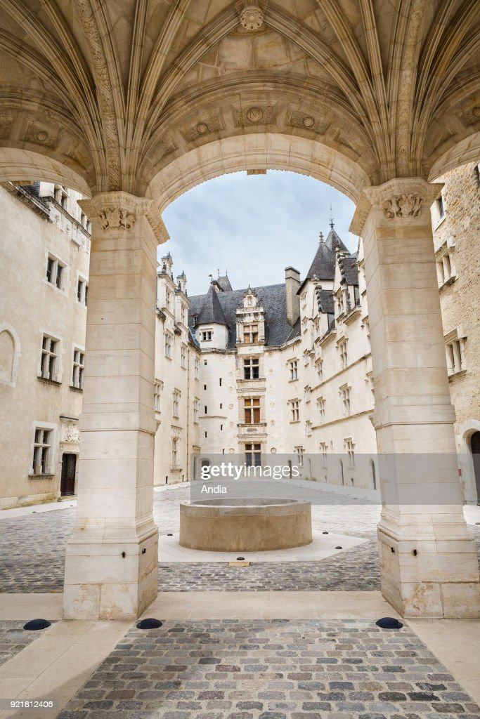 the Chateau de Pau, castle where King Henry IV of France and Navarre was born. The new court of honor of the castle was inaugurated in 2015.