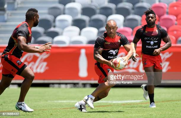 Paul Aiton looks to pass during a PNG Kumuls Rugby League World Cup captain's run on November 11 2017 in Port Moresby Papua New Guinea