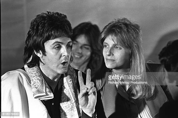 Paul and Linda Mc Cartney interviewed by Michel Drucker