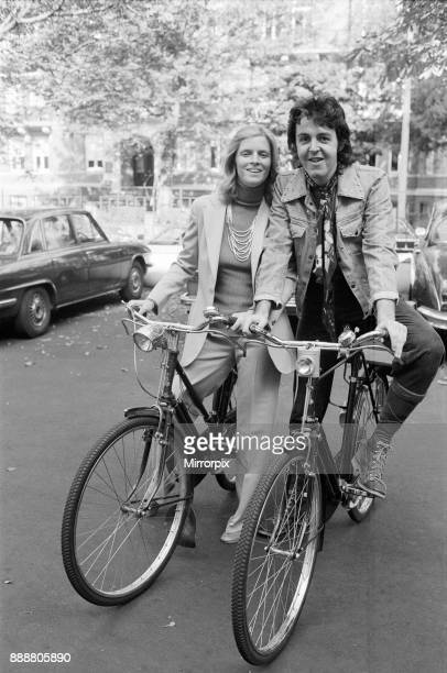 Paul and Linda McCartney in 1972 Ex Beatle Paul McCartney and his wife Linda have been catching the public by surprise in the select area of St Johns...