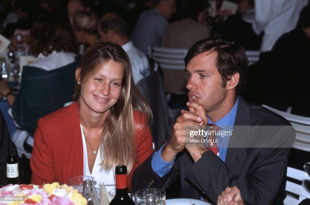 Paul Belmondo et sa femme Luana Tenca lors du concours ...