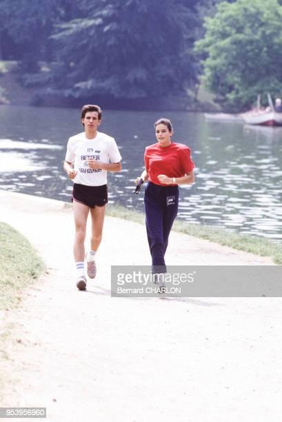 Paul Belmondo et Stéphanie de Monaco pendant une séance de jogging circa 1980 France