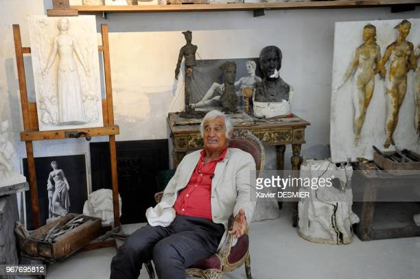Paul Belmondo Museum Boulogne Billancourt JeanPaul Belmondo visits the Museum of his father Paul accompanied with his brother and with his nephew In...