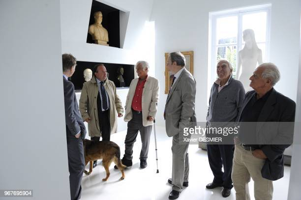 Paul Belmondo Museum Boulogne Billancourt JeanPaul Belmondo visits the Museum of his father Paul accompanied with his brother and with his nephew on...