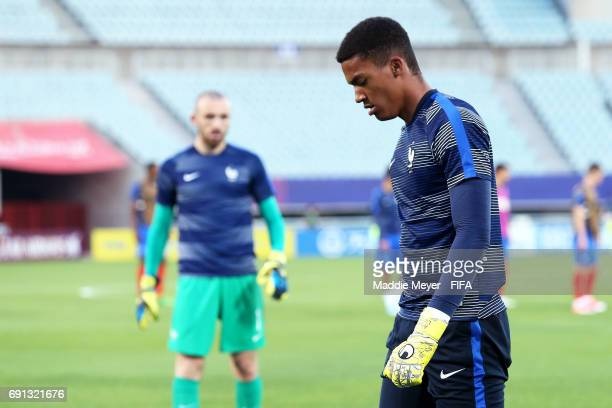 Paul Bernardoni of France and Alban Lafont before the FIFA U20 World Cup Korea Republic 2017 Round of 16 match between France and Italy at Cheonan...