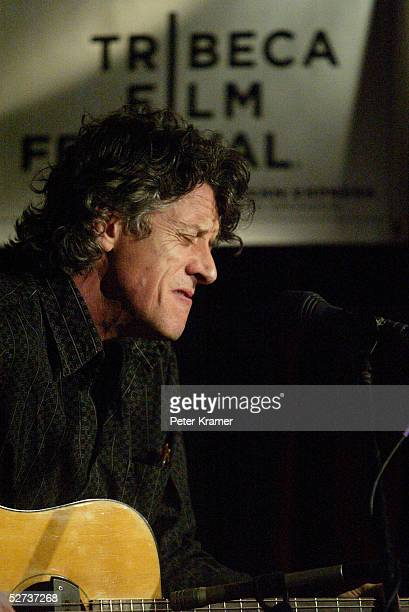 Paul Buchanan perform at The ASCAP Music Lounge at the Tribeca Film Festival April 29, 2005 in New York City.