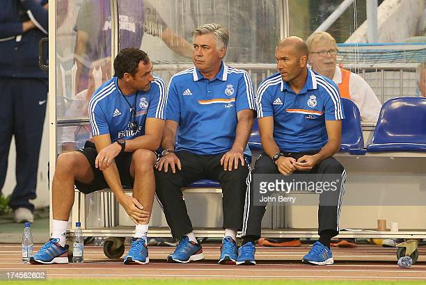 Paul Clement assistantcoach of Real Madrid Carlo Ancelotti coach of Real Madrid and Zinedine Zidane assistantcoach of Real Madrid during the friendly...