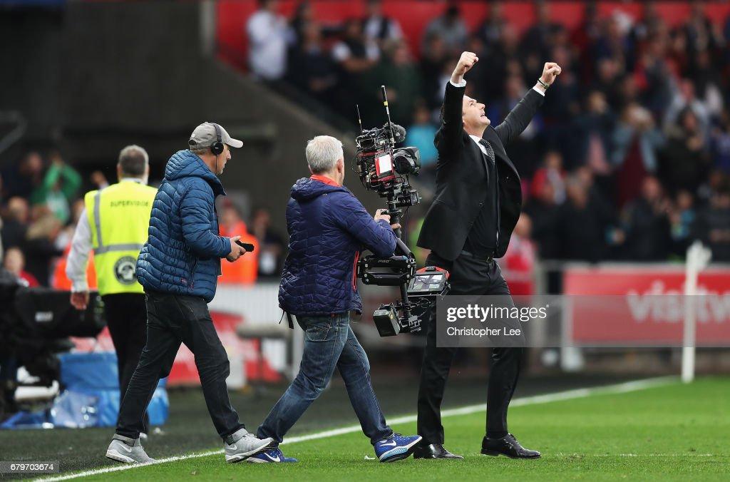 Swansea City v Everton - Premier League : News Photo