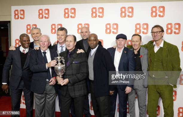 Paul Davis Alan Smith a guest David O'Leary George Graham Steve Bould Michael Thomas Perry Groves Lee Dixon and Tony Adams attend the '89' World...