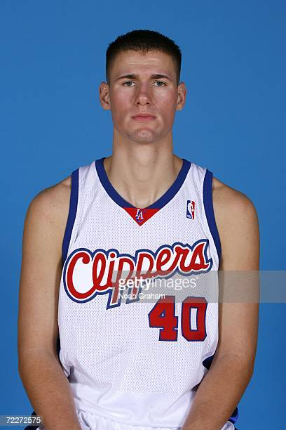 Paul Davis of the Los Angeles Clippers poses a portrait during a 2006 NBA Media Day on September 29 2006 at the Spectrum Club in El Segundo...