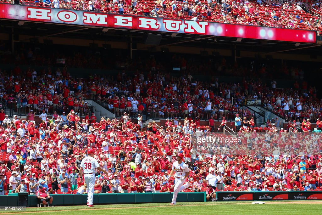 Paul DeJong #11 of the St. Louis Cardinals rounds the bases after hitting a home run against the New York Mets in the fourth inning at Busch Stadium on July 9, 2017 in St. Louis, Missouri.