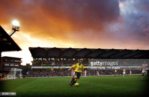 Paul Devlin of Watford finds space in the Sunderland half during the Nationwide Division One match at Vicarage Road Watford THIS PICTURE CAN ONLY BE...