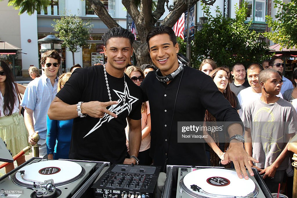 "DJ Pauly D And Paul Pierce On ""Extra"""