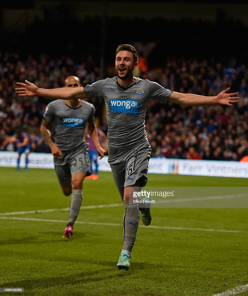 Paul Dummett of Newcastle celebrates after heading his team into the lead in extra time during the Capital One Cup Third Round match between Crystal Palace and Newcastle United at Selhurst Park on September 24, 2014 in London, England.