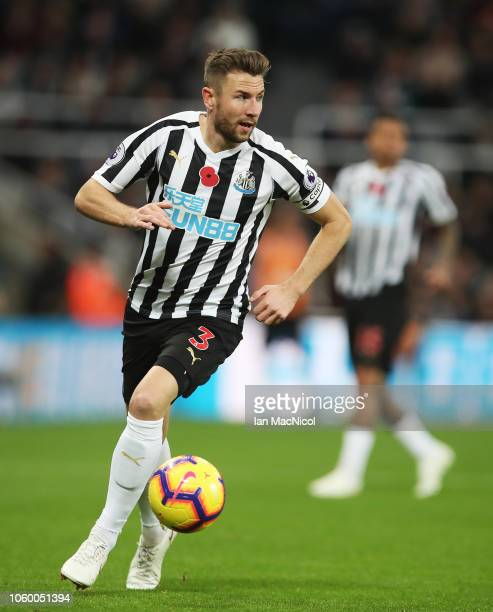 Paul Dummett of Newcastle United controls the ball during the Premier League match between Newcastle United and AFC Bournemouth at St James Park on...