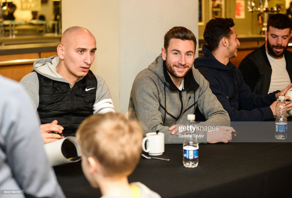 Newcastle United 'Junior Mags' Signing Session