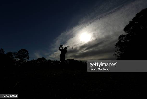 Paul Dunne of Ireleand plays a shot during day one of the 2018 World Cup of Golf at The Metropolitan on November 22 2018 in Melbourne Australia