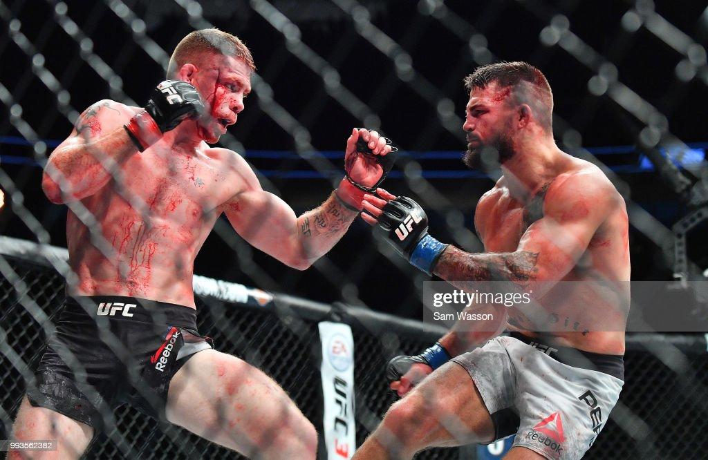UFC 226:  Felder v Perry : News Photo