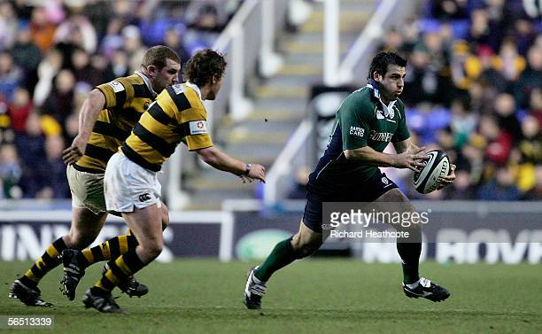 Paul Franze of Irish evades the Wasps defence during the Guinness Premiership match between London Irish and London Wasps at the Madejski Stadium on...