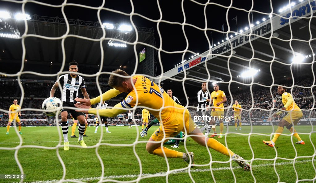 Paul Gallagher of Preston handles the ball on the line and is sent off during the Sky Bet Championship match between Newcastle United and Preston North End at St James' Park on April 24, 2017 in Newcastle upon Tyne, England.