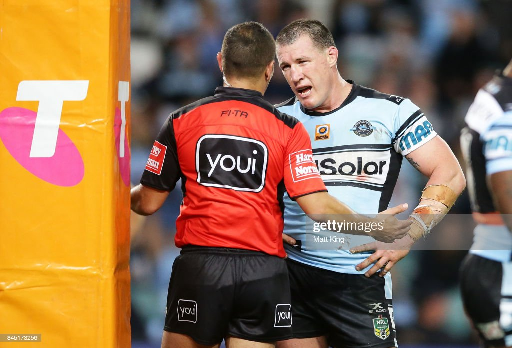 Paul Gallen of the Sharks argues with referee Ashley Klein after he awarded a penalty at the end of extra time during the NRL Elimination Final match between the Cronulla Sharks and the North Queensland Cowboys at Allianz Stadium on September 10, 2017 in Sydney, Australia.