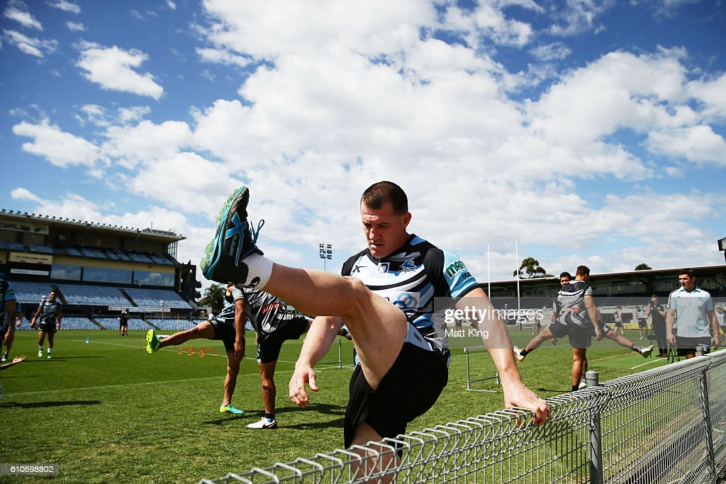 Paul Gallen of the Sharks stretches during a Cronulla Sharks NRL training session at Southern Cross Group Stadium on September 27, 2016 in Sydney, Australia.