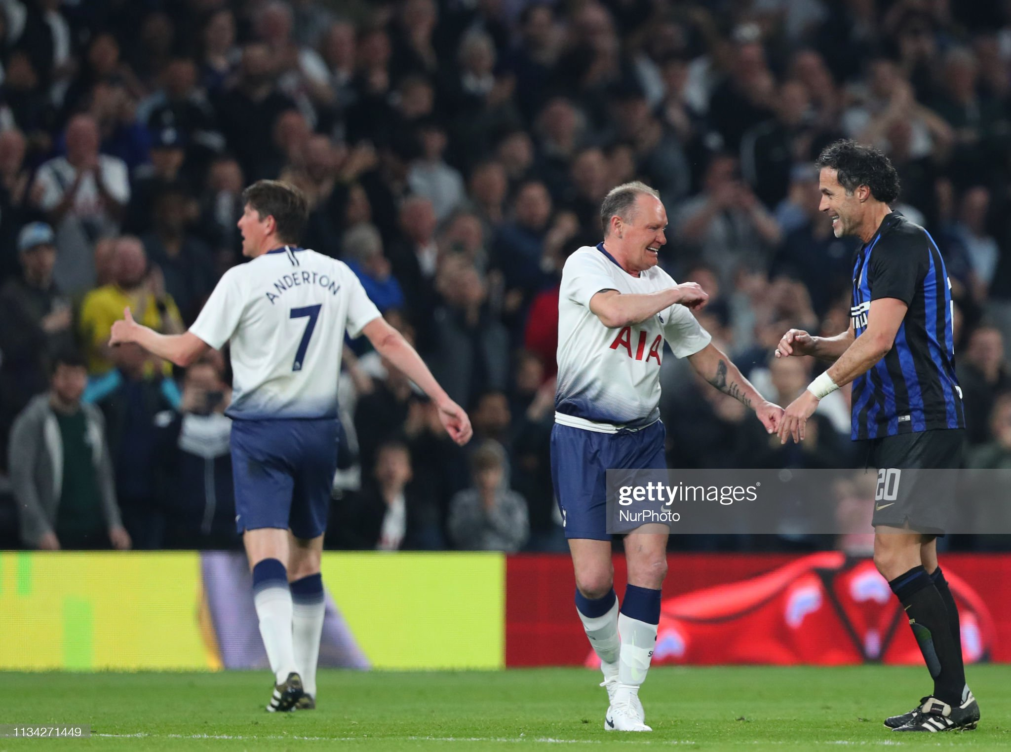 Tottenham Hotspur Legends v Inter Milan Glorie : News Photo