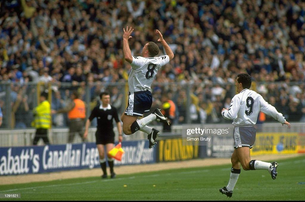 Paul Gascoigne of Tottenham Hotspur : News Photo