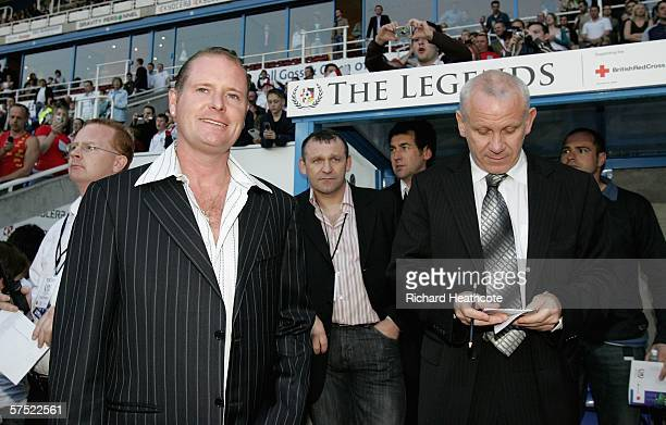 Paul Gascoinge and Peter Reid the England managers for the night during the Legends match between England and Germany at The Madejski Stadium on May...