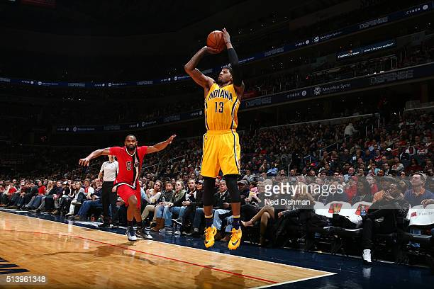 Paul George of the Indiana Pacers shoots the ball against the Washington Wizards on March 5 2016 at Verizon Center in Washington DC NOTE TO USER User...