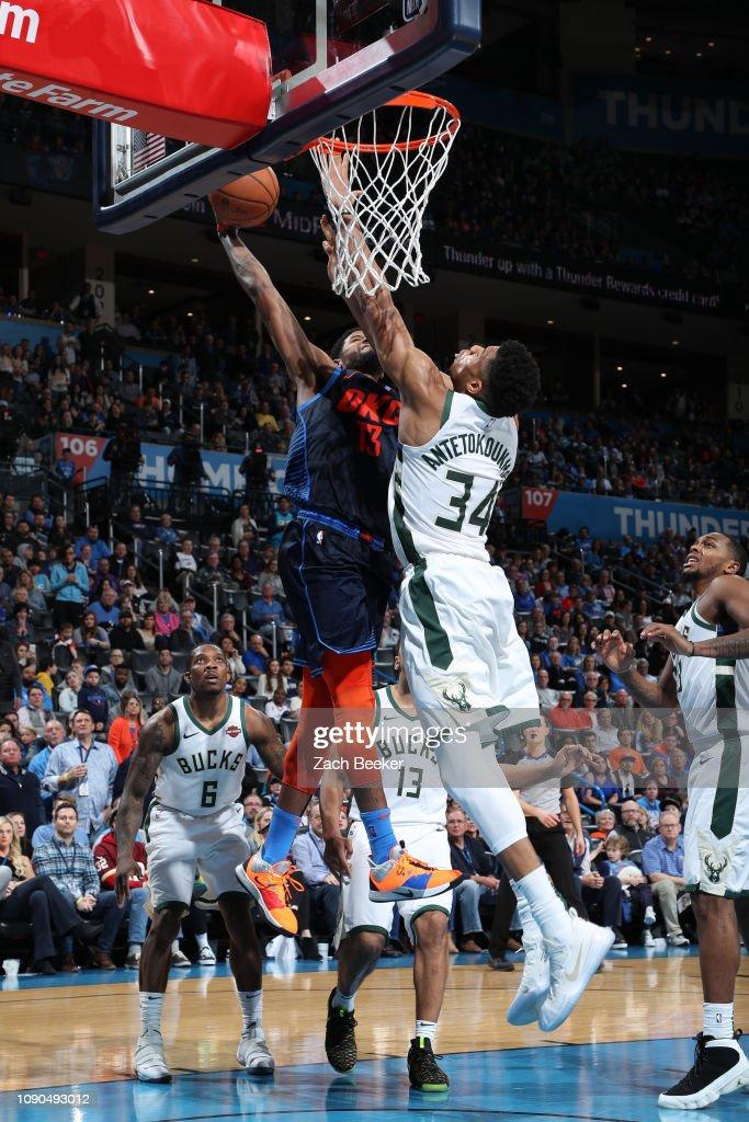 Milwaukee Bucks v Oklahoma City Thunder : News Photo