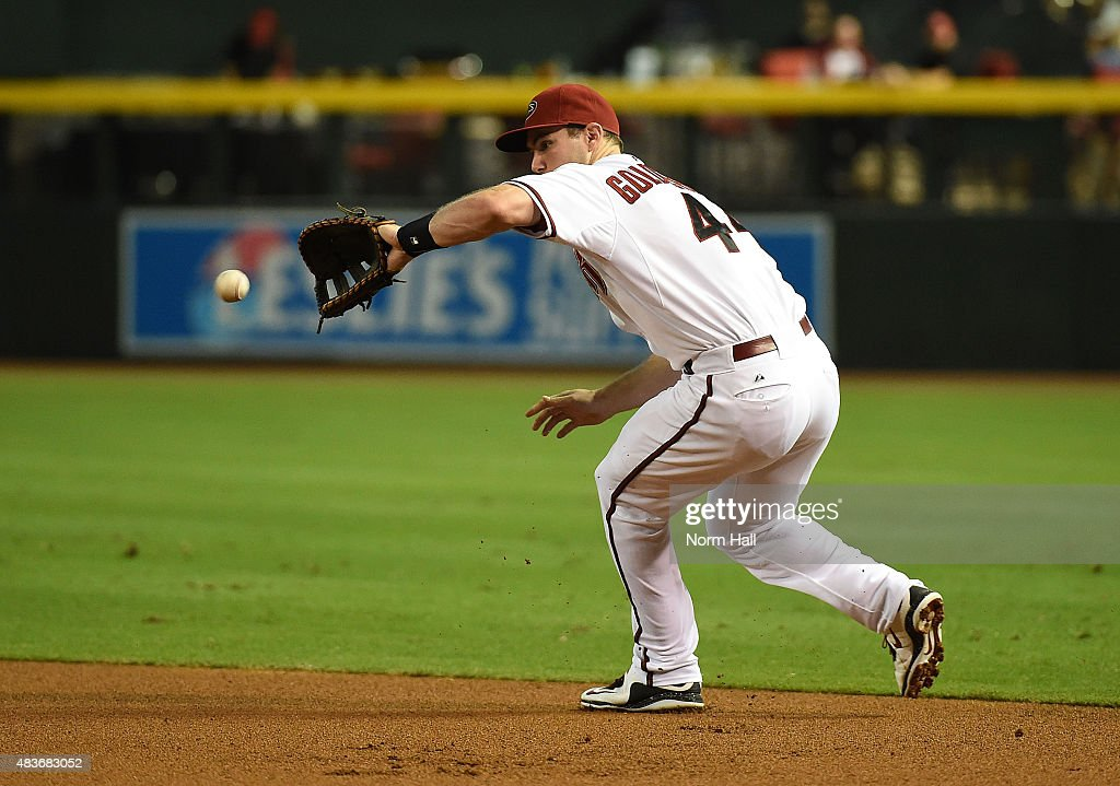 Paul Goldschmidt #44 of the Arizona Diamondbacks makes a play on a bouncing ball during the first inning against the Philadelphia Phillies at Chase Field on August 11, 2015 in Phoenix, Arizona.