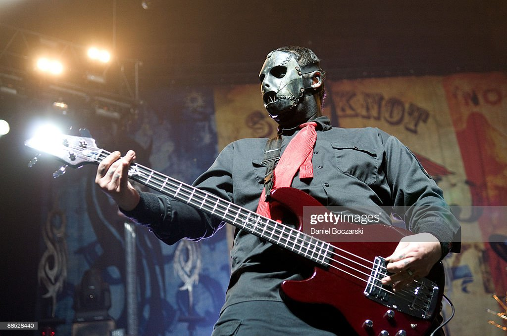 Slipknot On Stage In Rosemont : News Photo
