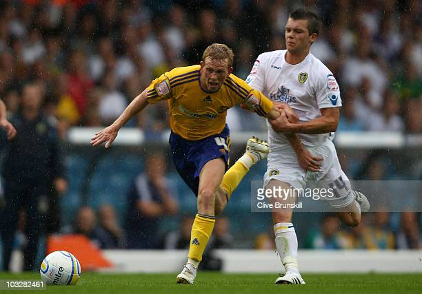 Paul Green of Derby County moves away from Jonathan Howson of Leeds United during the npower Championship match between Leeds United and Derby County...