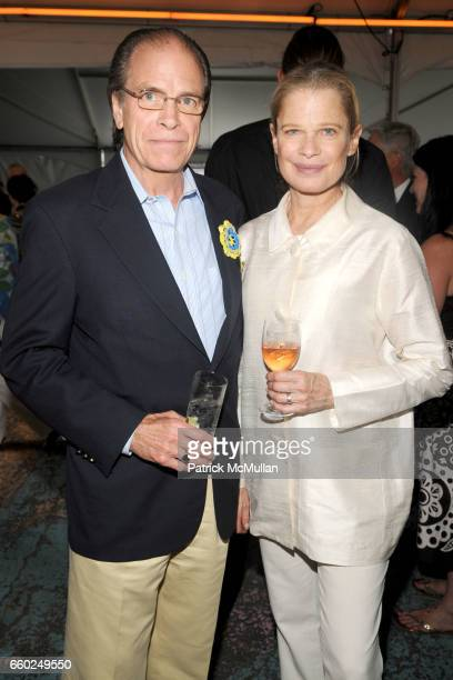 Paul Hale And Robin Bell Attend Solar 1 S Revelry By The River Honors Matthew Modine Kick