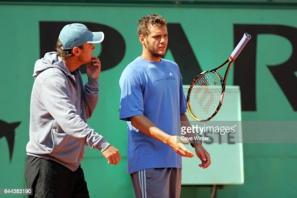 Paul Henri MATHIEU et entrianeur Mats WILANDER - - Roland Garros 2008. Photo: Dave Winter/Icon Sport.
