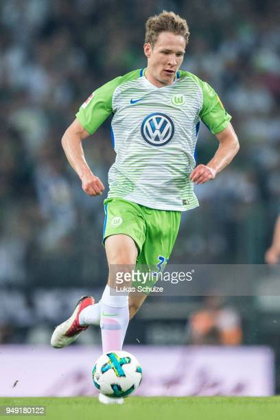 Paul Jaeckel of Wolfsburg in action during the Bundesliga match between Borussia Moenchengladbach and VfL Wolfsburg at BorussiaPark on April 20 2018...
