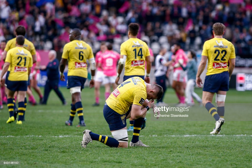 Paul Jedrasiak #4 of ASM Clermont Auvergne prays after the loss of the French Top 14 match between Stade Francais Paris and ASM Clermont Auvergne at Stade Jean Bouin on April 7, 2018 in Paris, France.