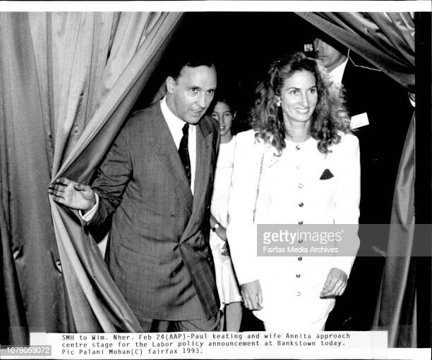Paul Keating and wife Annita approach centre stage for the labor policy announcement at Bankstown today February 24 1993