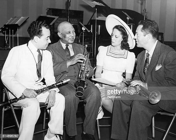 Paul Laval, W.C. Handy, Dinah Shore and Henry Levine rehearsing for a Basin Street broadcast over NBC Radio. Undated photograph.