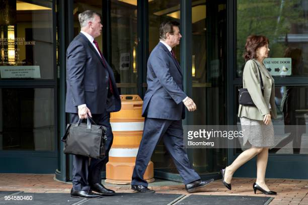 Paul Manafort former campaign manager for Donald Trump center wife Kathleen Manafort and lawyer Kevin Downing left arrive for a motion hearing at the...