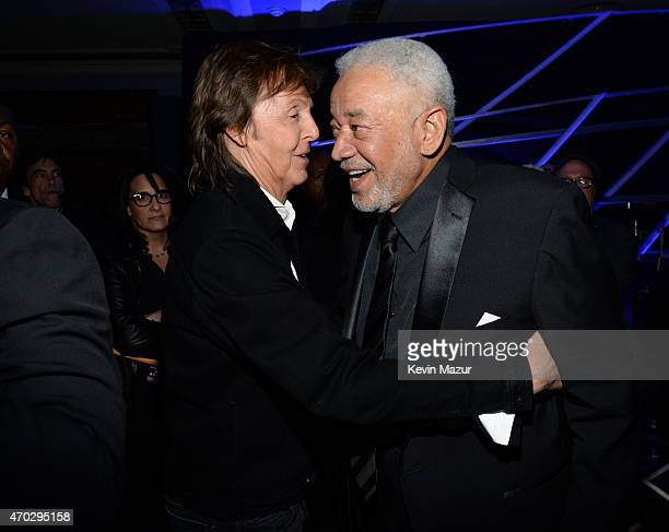 Paul McCartney and Bill Withers attend the 30th Annual Rock And Roll Hall Of Fame Induction Ceremony at Public Hall on April 18 2015 in Cleveland Ohio